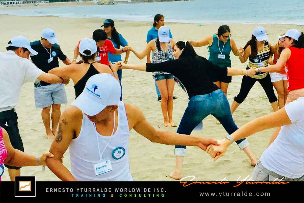 Colombia Team Building & Outdoor Training | Ernesto Yturralde Worldwide Inc.
